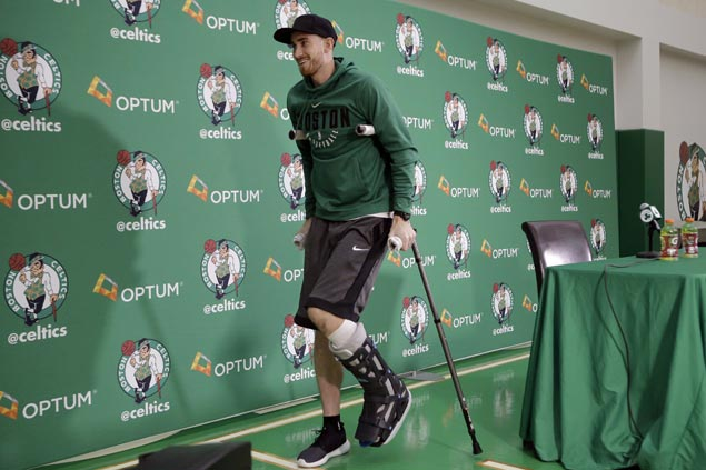 Gordon Hayward glad to be around Celtics in practice less than three weeks after horror injury