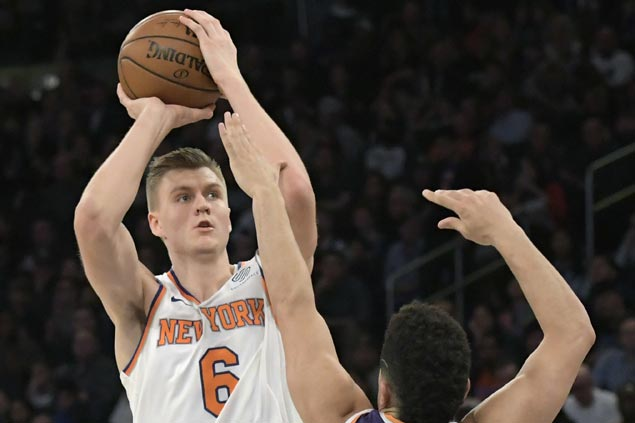 Porzingis sustains fine form, helps Knicks coach Hornacek score first win over former team Suns
