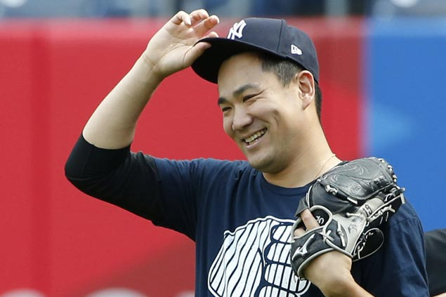 Masahiro Tanaka staying with Yankees for next three years after declining opt-out