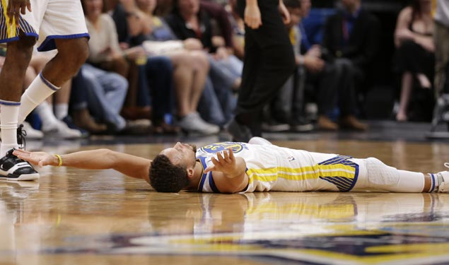Warriors shrug off mid-match slip and cruise to victory over Nuggets