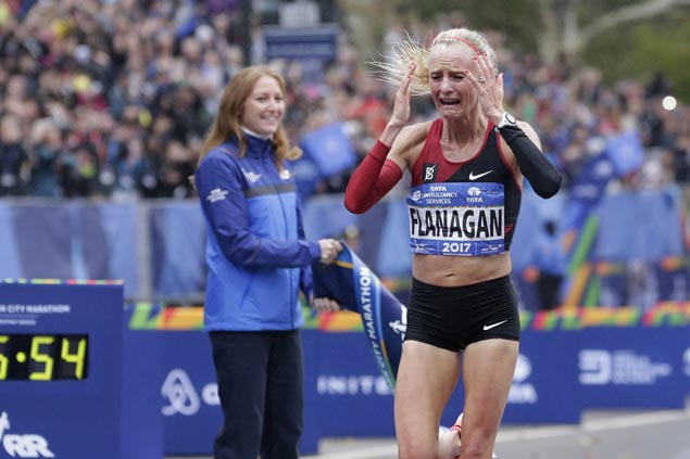 Shalane Flanagan ends 40-year US title drought in New York City Marathon