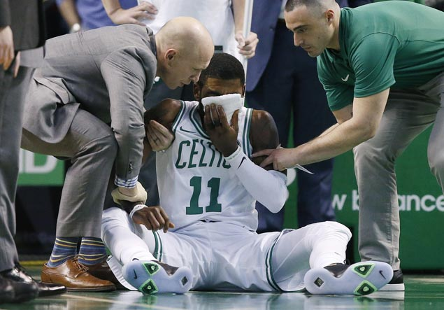 Celtics overcome early Kyrie Irving exit due to injury, edge Hornets to stretch streak to 11