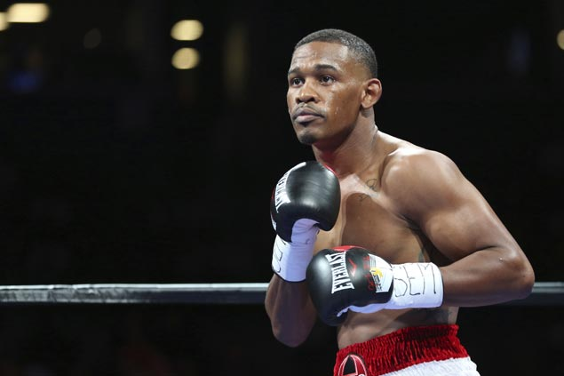 'Miracle Man' Danny Jacobs outpoints Luis Arias in return after close loss to GGG