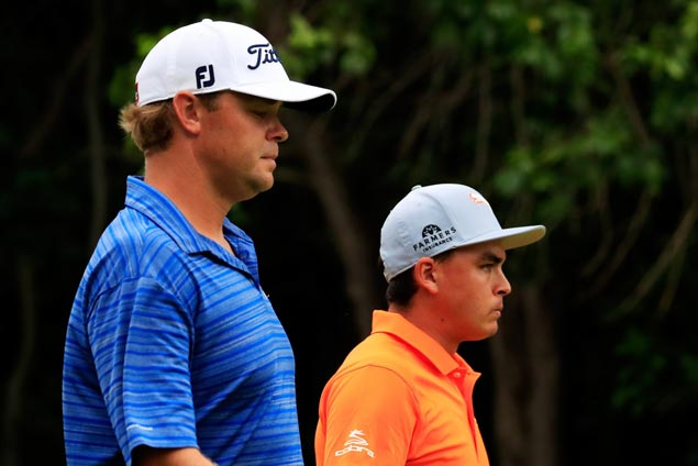Patton Kizzire shows nerves of steel in edging Rickie Fowler in 36-hole final day in Mexico