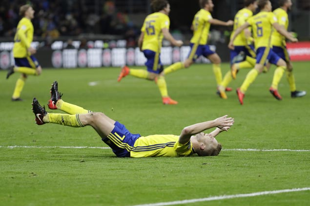 Sweden returns to World Cup after 12-year-absence as Italy misses out for the first time in six decades