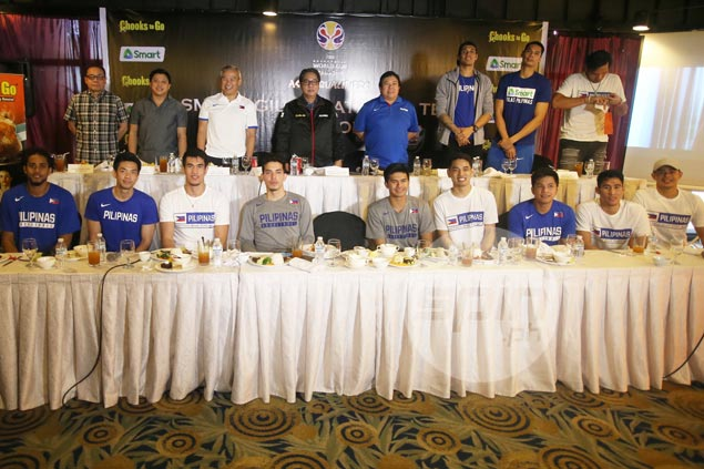 Chot Reyes says Gilas ready to play all-Filipino in wake of repeated delays in Blatche arrival