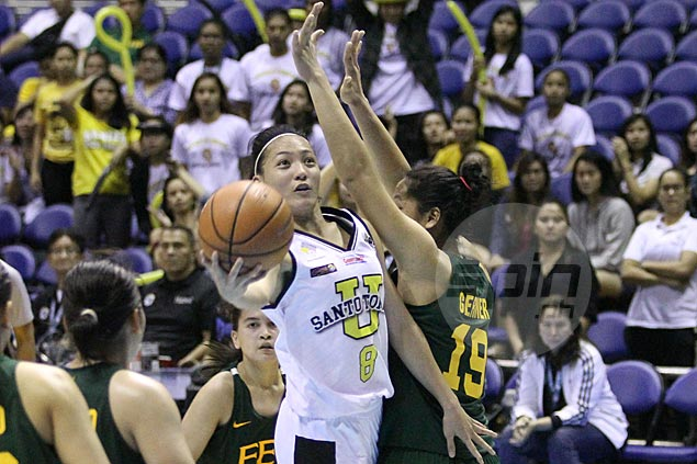 Sai Larosa takes charge late as UST Tigresses get by FEU Lady Tams in UAAP stepladder semis