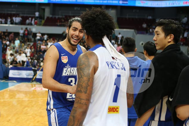 Standhardinger's show of force for HK enough to get SMB fans excited on his PBA debut