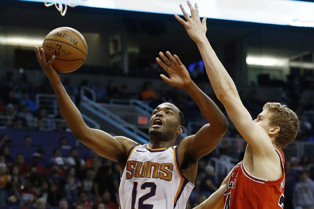 TJ Warren shows way as Suns down Bulls in matchup of NBA's youngest teams