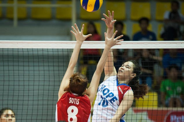 Nazareth School NU, Hope Christian score big victories in Under-18 girls volleyball opener