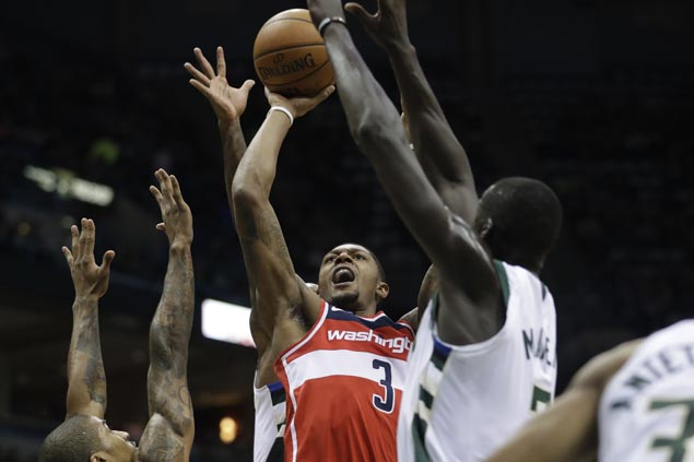 Bradley Beal becomes youngest in NBA to hit 700 triples as Wizards down Bucks