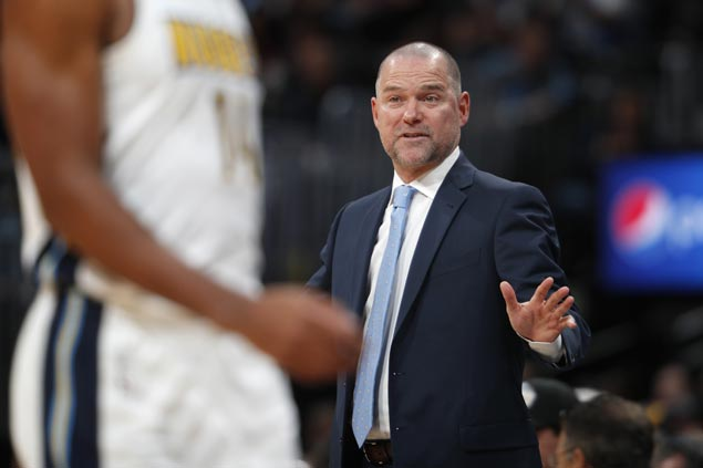 Nuggets coach Michael Malone slapped one-game ban for bumping referee