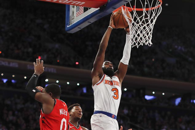 Tim Hardaway Jr. scores career-high 38 as Knicks rally to beat Raptors