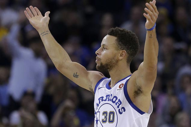 Splash Brothers show way as Warriors missing KD, Green score 49-point drubbing of lowly Bulls