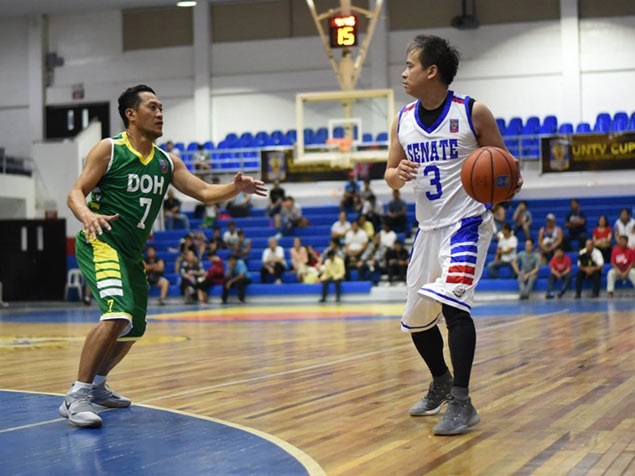 Senior cagers take the spotlight as 2nd UNTV Cup Executive Face-Off opens