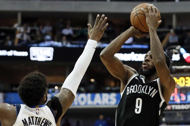 DeMarre Carroll catches fire in third to lift Nets to victory over Mavericks