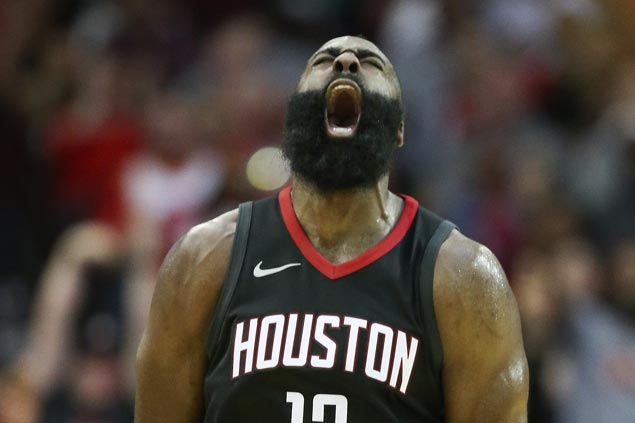 Rockets down Pacers to stretch streak to six and go 12-1 in November