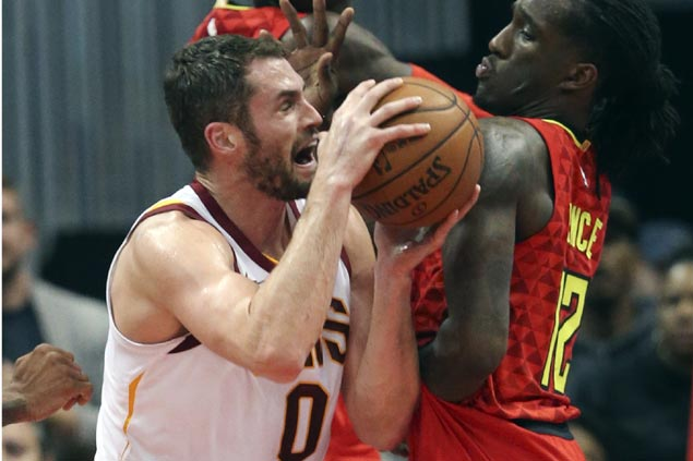 Hot-shooting Cavs survive late scare against lowly Hawks to stretch win run to 10