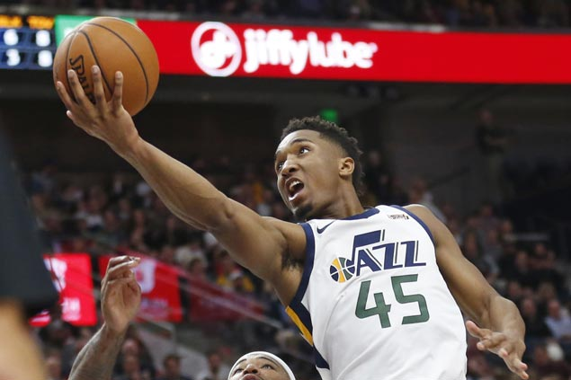 Rookie Donovan Mitchell scores career-high 41 as Jazz down Pelicans