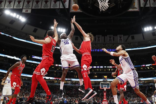 Zach Randolph stars as Kings send Bulls to eighth consecutive loss