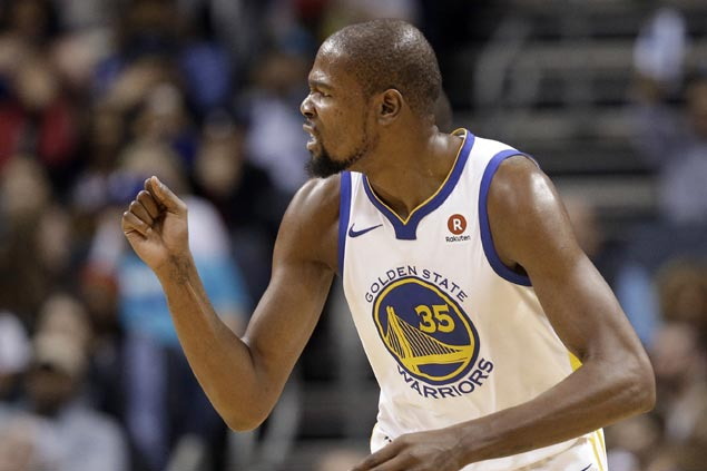 Kevin Durant caps triple-double with season-high 35 as depleted Warriors cruise past Hornets