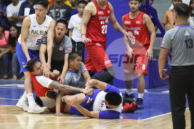 Poy Erram, Michael Miranda come to blows in NLEX-Blackwater preseason game