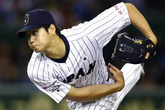 Japanese pitcher-hitter Shohei Ohtani chooses to sign with Angels