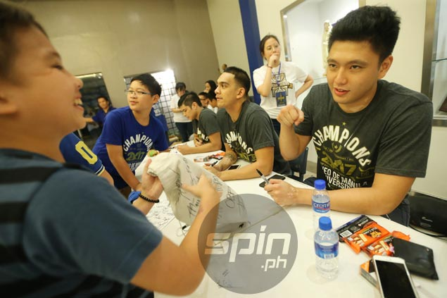 Ateneo star slotman Isaac Go is at the head of his class