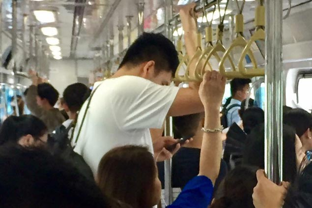 Isaac Go rides train to beat traffic and get to Ateneo Blue Eagles celebration