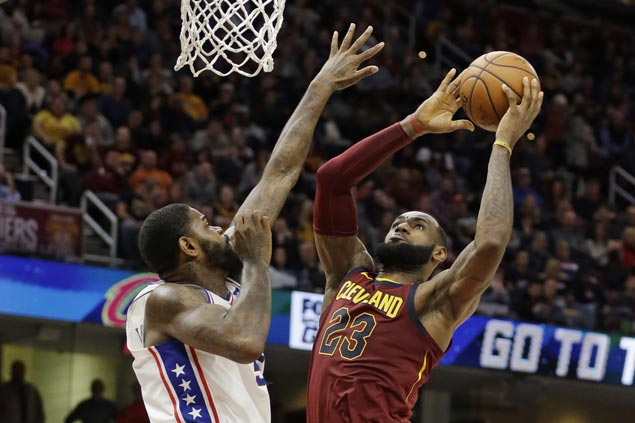 LeBron glad to see Cavs show resilience, down Sixers after travel snafu following loss in Indiana