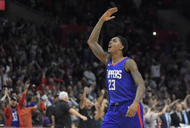 Clippers edge Wizards as Bradley Beal last-gasp basket is waived off