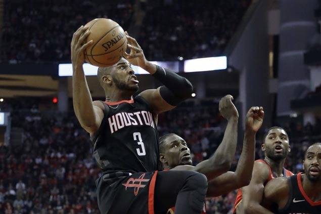 Rockets rally late to beat Pelicans and stretch win streak to 10