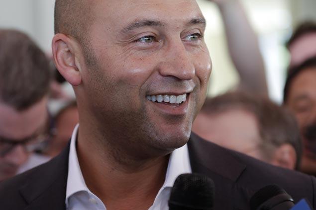 Derek Jeter says Giancarlo Stanton didn't want to be part of Marlins' rebuild