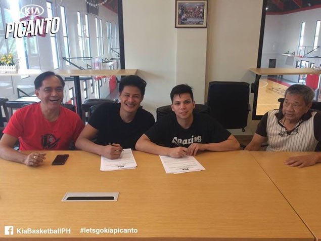 Rookie Dan Sara, free agent Roider Cabrera signed to contracts by KIA Picanto