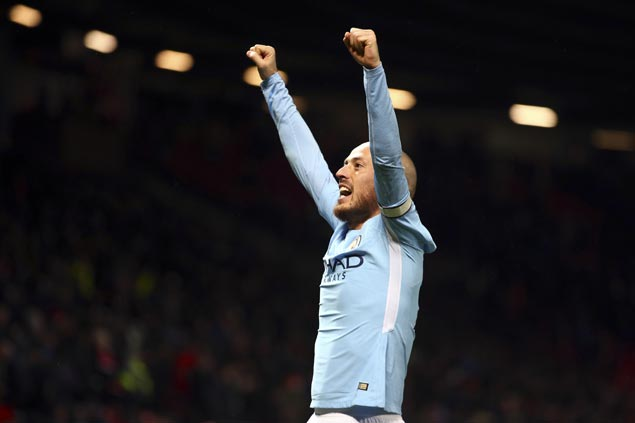 Manchester City stretches Premier League record win run to 15 with rout of Swansea