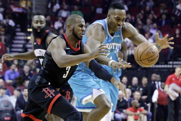 Chris Paul drops season-high 31 as Rockets cruise past Hornets to stretch streak to 11