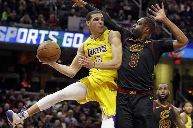 LeBron James lauds Lonzo Ball as 'someone you want to play with'
