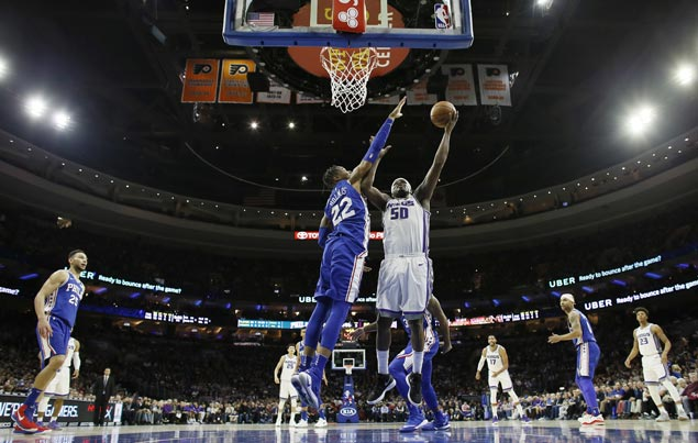 Zach Randolph stars as Kings fight back from 16 down to beat skidding Sixers