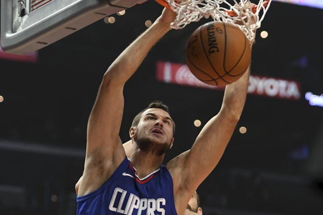 Woes pile up for injury-riddled Clippers as forward Danilo Gallinari out until January with torn glute muscle