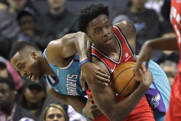 Raptors use 41-point second quarter to take control, cruise to victory over Hornets