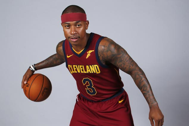 Isaiah Thomas inches closer to return after joining practice, scrimmage with Cavs' G-League team
