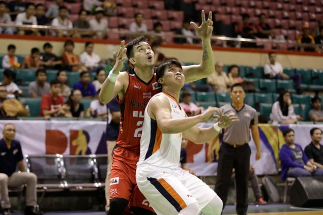 Solid pro debut by Raymar Jose a silver lining in Blackwater loss to Meralco