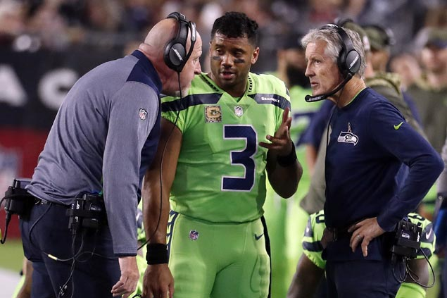 NFL slaps $100K fine on Seahawks for failure to apply concussion protocol on Russel Wilson