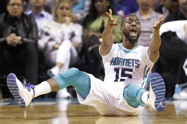 Woes pile up for Hornets as Dwight Howard, Kemba Walker uncertain for next game against Bucks