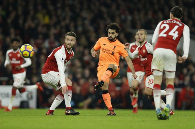 Four goals in six minutes as Arsenal, Liverpool draw in Premier League