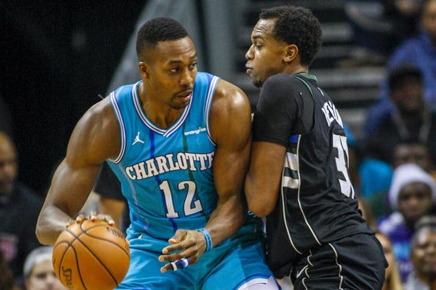 Dwight Howard posts 18th double-double of season as Hornets rally from 18 down to beat Bucks