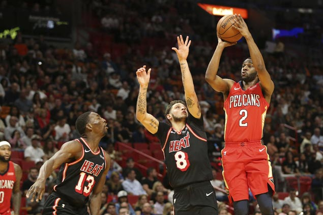 Ian Clark shows way as Pelicans use big second-half run to beat Heat
