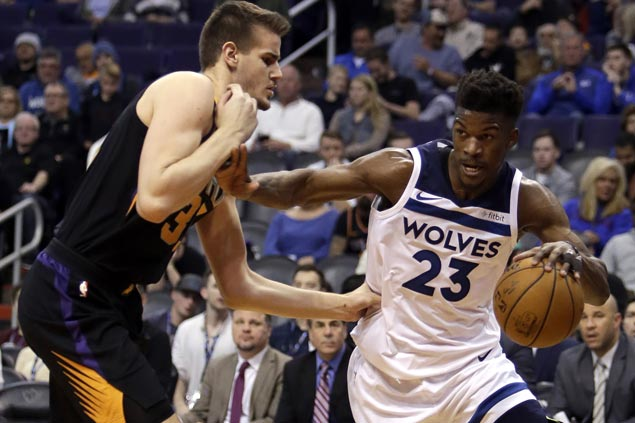 Jimmy Butler scores 32, five over Wolves finish in double figures in big win over Suns