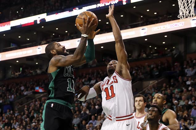 Celtics starters all in double figures in rout of Bulls