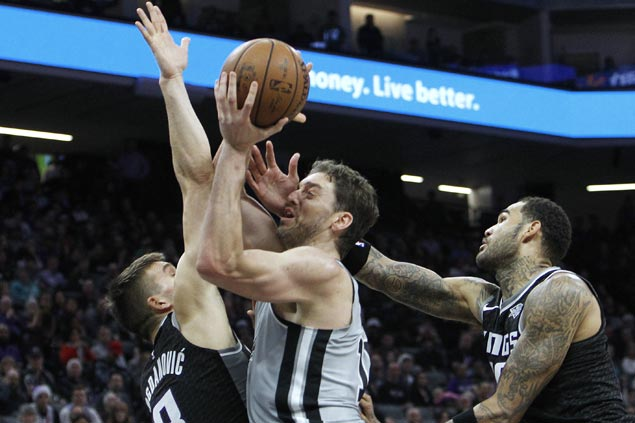 Pau Gasol posts triple double as Kawhi-less Spurs bounce back with victory over Kings